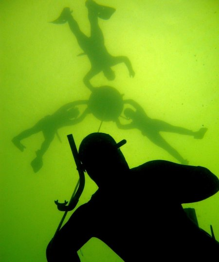 Fridykning i Furesøen Morten Villadsen - 8. august – Fridykkerkursus, Furesøen. 0-20m dybde