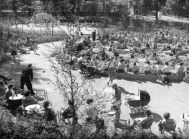 Jakoba Mulder - Van Eyck, Parque Mendes da Costahof - Geuzenveld, Amsterdam, 1957.