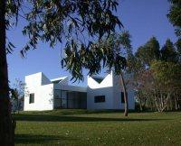 Diana Agrest y Mario Gandelsonas, casa de huéspedes de Las Casas, Uruguay
