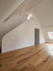 Marianne Burkhalter + Christian Sumi - Interior de vivienda - Restauración de bloque de vivienda años 30, Hirsehof, 2011-2012