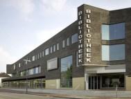 Julia Bolles y Peter Wilson. Biblioteca en Helmond, Holanda