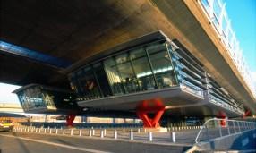 Odile Decq-Benoît Cornette, Viaducto en Nanterre, 1996