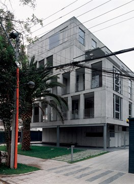 Cecilia Puga. Edificio Bremen