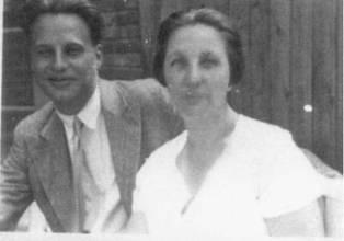 Lotte Stam-Beese y Mart Stam