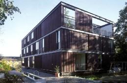 Gret Loewensberg, Casa para 3 familias, 1999-2000
