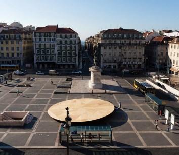 Frida Escobedo. Plaza cívica Lisboa