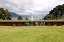 Antonia Lehmann y Luis Izquierdo, Casa 34 (lago Rupanco)