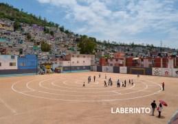 Rozana Montiel; City out of line, laberinto, Ciudad de México, 2012.