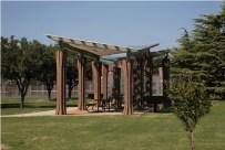 Elizabeth Chu Ritcher, Pabellón en Parque Rose Haggar.