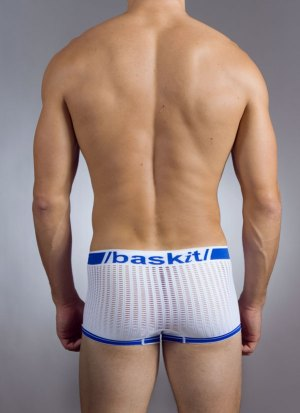 Snugfit Seamless Model Pic White Back Baskit