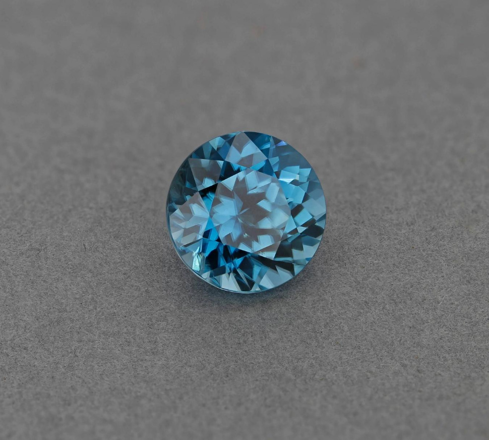 birthstone-december-zircon-blue