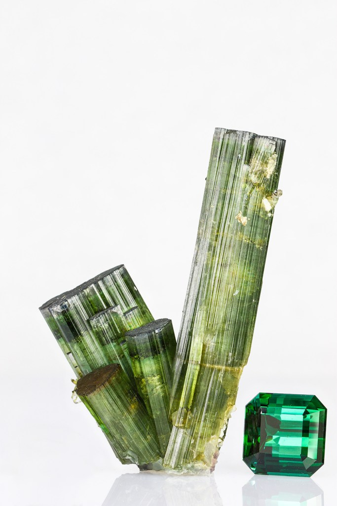 birthstone-october-tourmaline-green-raw-and-cut-stones
