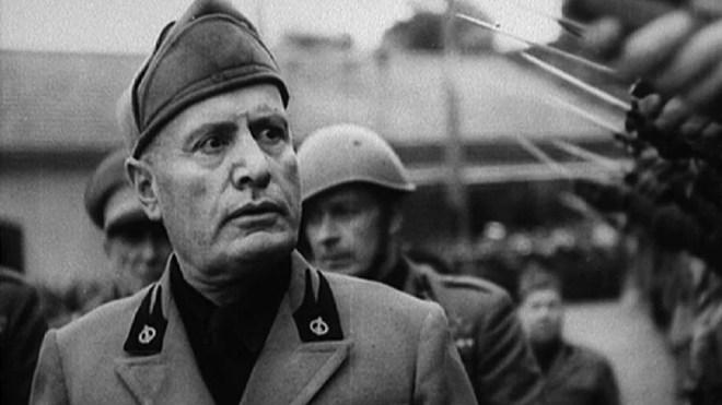 Mussolini fonde le parti fasciste le 23 février