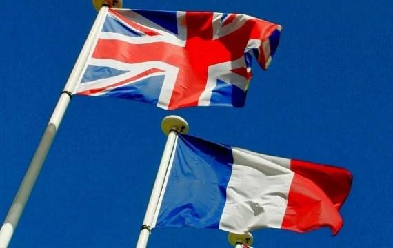 drapeaux GB france