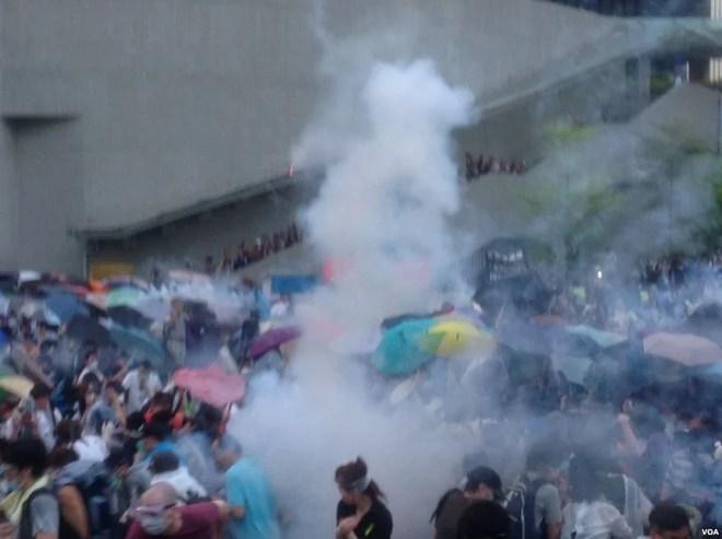 hong kong gaz lacrymogenes 28 septembre