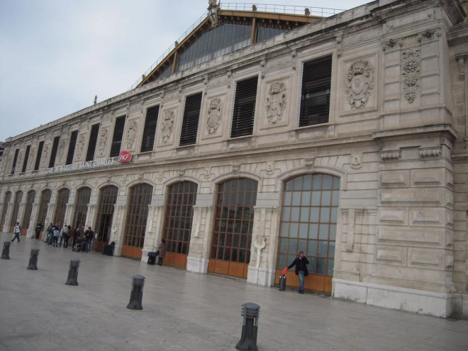 gare saint charles photo