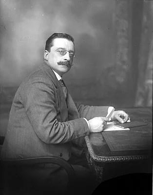 Arthur_Griffith_(1871-1922)