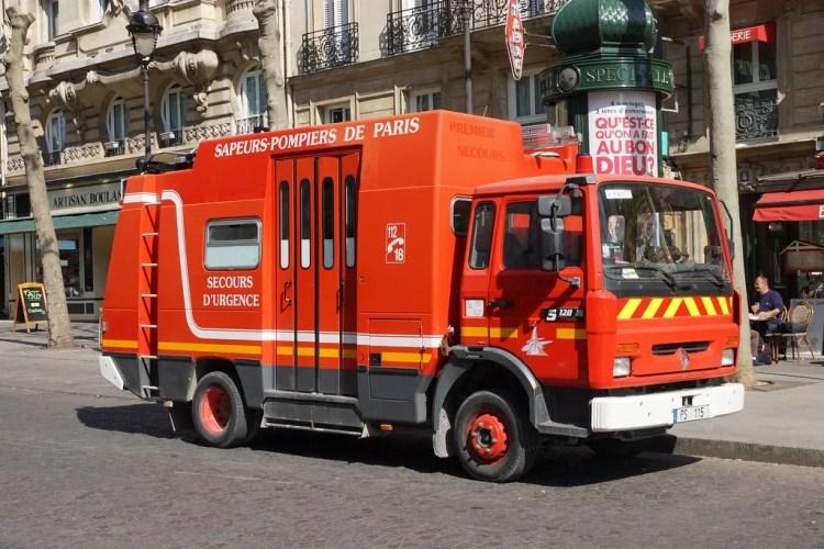 pompiers paris photo