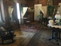 Salon dans la maison du fondateur