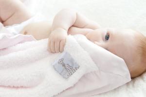 little-giraffe-couvertures-de-bebes-1