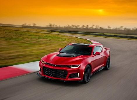 Chevrolet-Camaro_ZL1_2017_1280x960_wallpaper_02