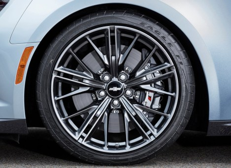 Chevrolet-Camaro_ZL1_2017_1280x960_wallpaper_0b