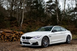 p90215103_highres_bmw-m4-coupe-tour-au