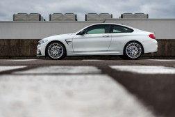 p90215112_highres_bmw-m4-coupe-tour-au