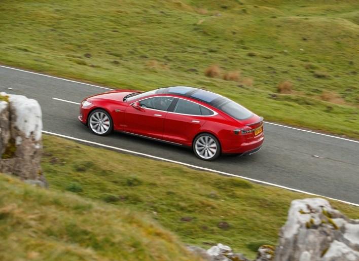 Tesla-Model_S_UK-Version-2013-1280-62