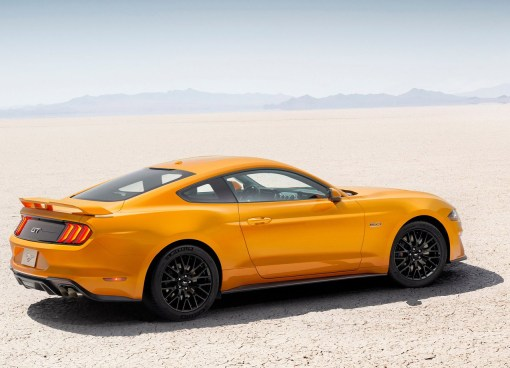 ford-mustang-2018-profil-arriere-2
