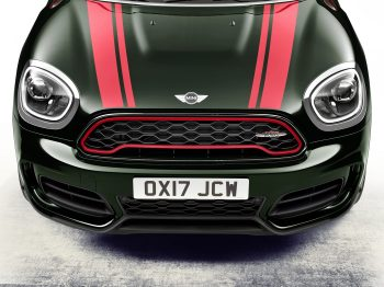 mini-john-cooper-works-countryman-capot