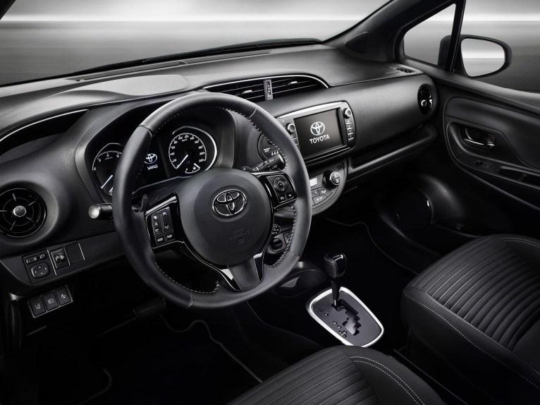 Toyota Yaris intérieur