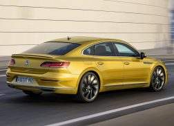 Volkswagen Arteon dynamique r-line jaune arrière