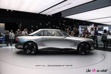Peugeot e-Legend concept Mondial auto Paris 2018 profil