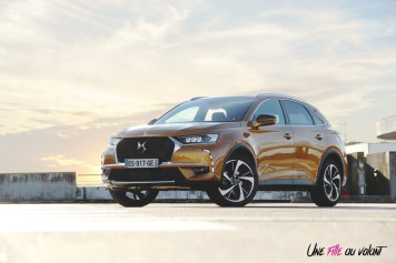 DS 7 Crossback 2018 or byzantin avant statique jantes