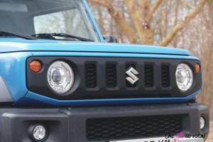 Suzuki Jimny calandre détail feux