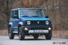 Suzuki Jimny dynamique bleu essence jantes logo