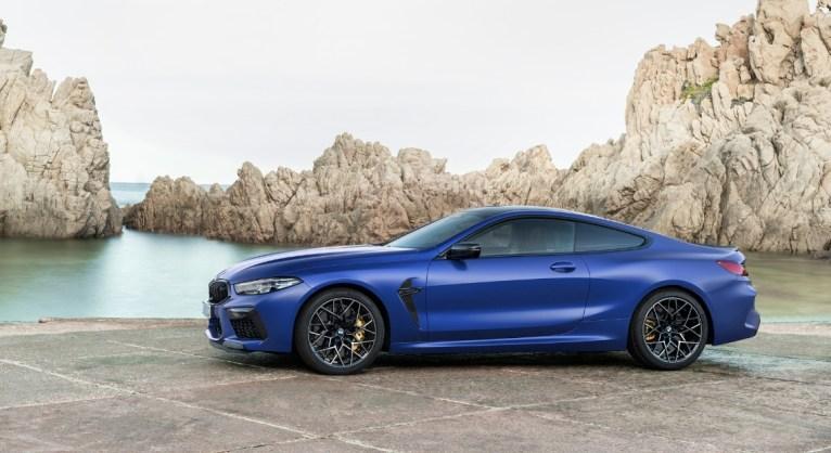 BMW M8 Competition coupé profil jantes V8