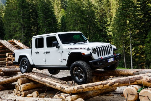 Jeep Gladiator 2019 franchissement statique pick-up