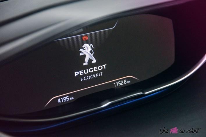 Peugeot 5008 GT Line i-cockpit combiné numérique