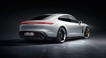 Porsche Taycan 2019 statique arrière feux diffuseur