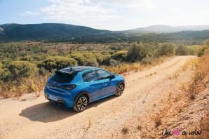 Essai Peugeot 208 2019 citadine arrière profil