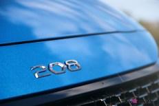 Essai Peugeot 208 2019 capot logo détail