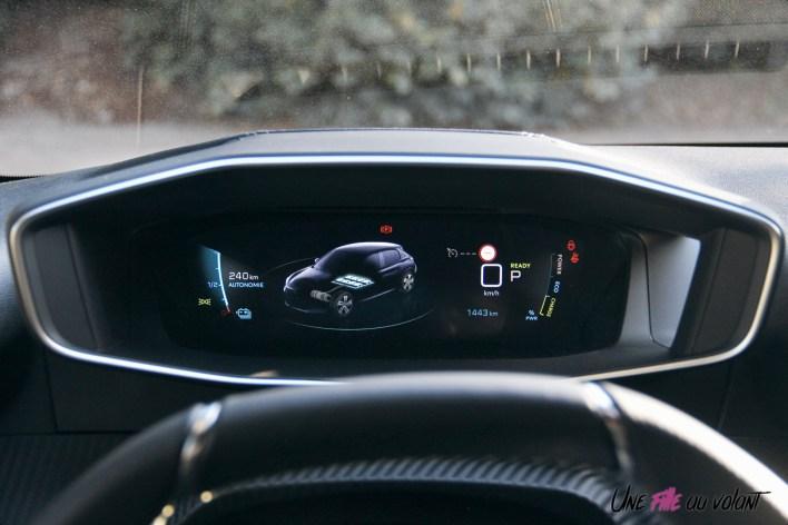 Essai Peugeot e-208 2019 combiné numérique i-cockpit 3D