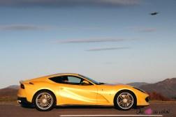 Road-Trip Ferrari Paris-Mulhouse 812 Superfast profil coupé
