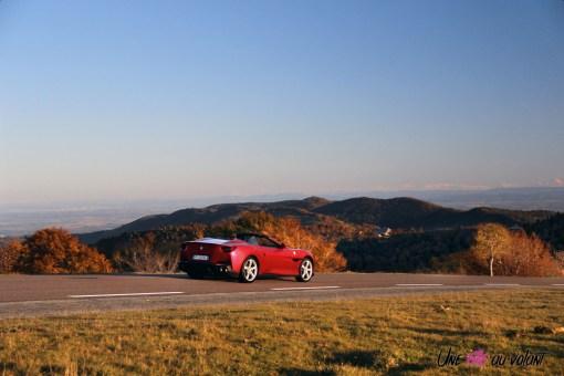 Road-Trip Ferrari Paris-Mulhouse portofino arrière dynamique V8