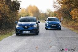 Comparatif Peugeot 208 Renault Clio 0196