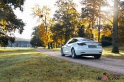 Essai Tesla Model 3 Performance 2019 arrière feux coffre
