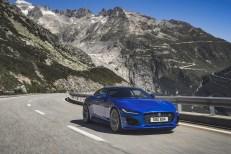 Jaguar F-Type 2019 V8 coupé dynamique