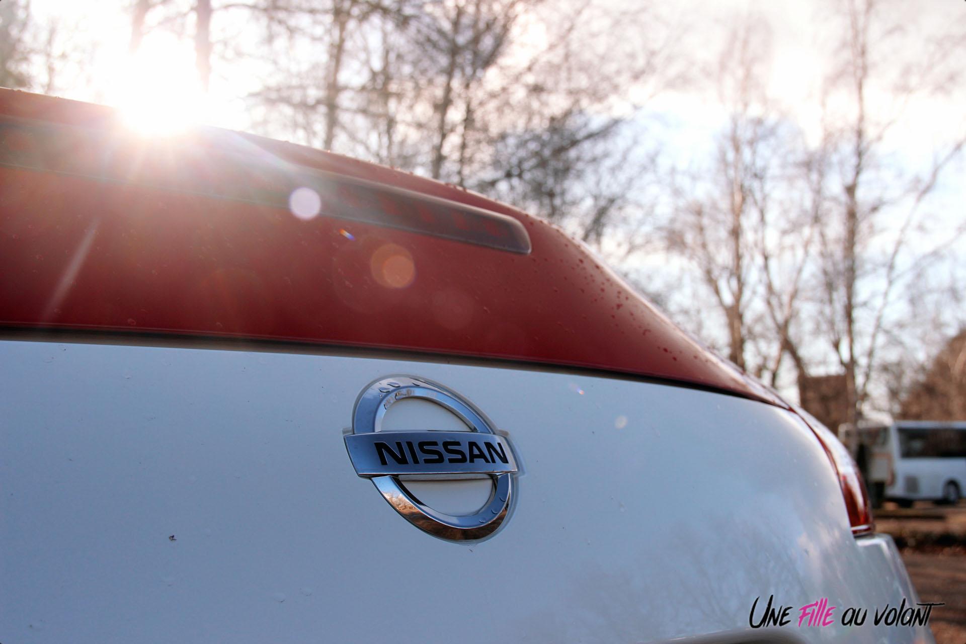 Photos Essai Nissan 370Z 50me anniversaire logo coffre dŽtail